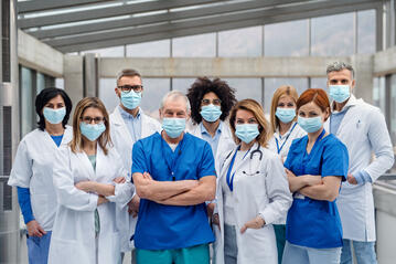 Healthcare workers wearing masks_large