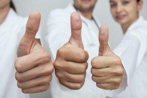 Medical-professionals-thumbs-up