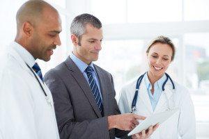 medical-professionals-talking